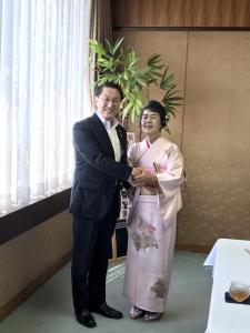 【画像】森さん鳥取県知事に特賞受賞報告