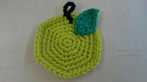 【画像】梨の編み物