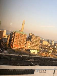 【画像】ホテルアネシス瀬戸大橋から見えるゴールドタワー