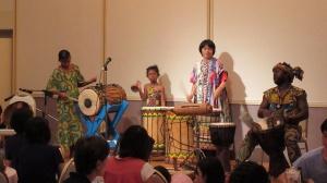 【画像】アフリカ民族楽器演奏